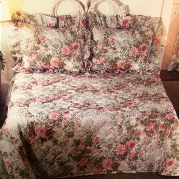 Cabbage Rose Bedding Vintage Floral Bedspreadqueen Nib